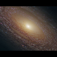 Hubble Shows New Image of Spiral Galaxy NGC 2841